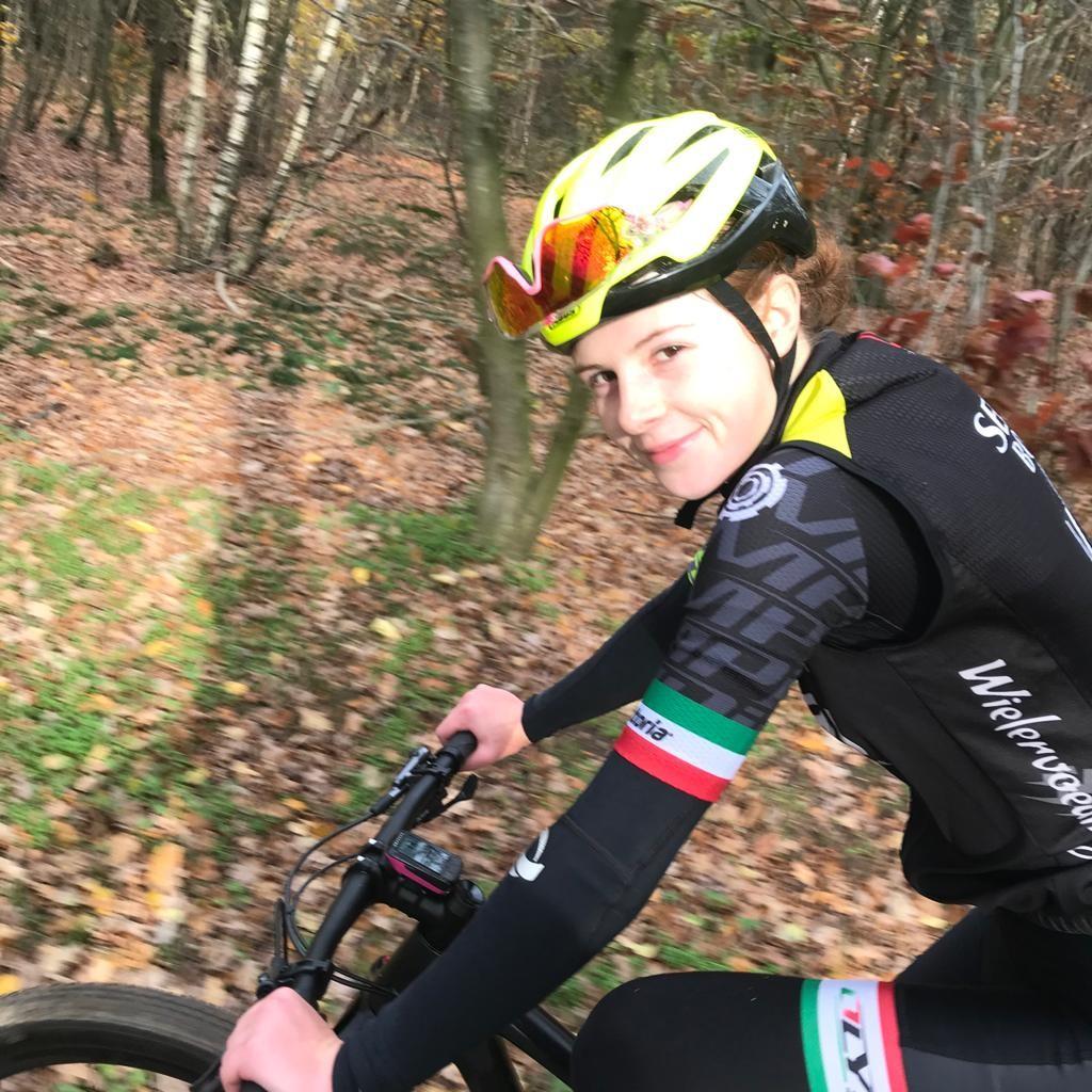 Fenna Hoegee 3e dame in het team